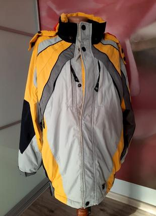 Горнолыжная куртка, лижна куртка