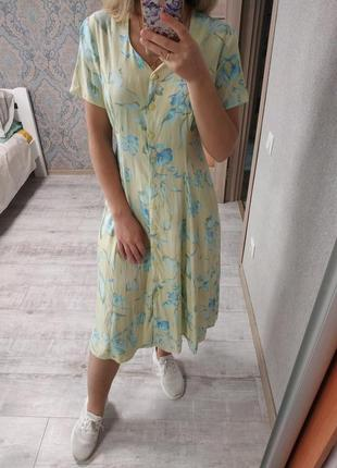 Воздушное актуальное платье миди