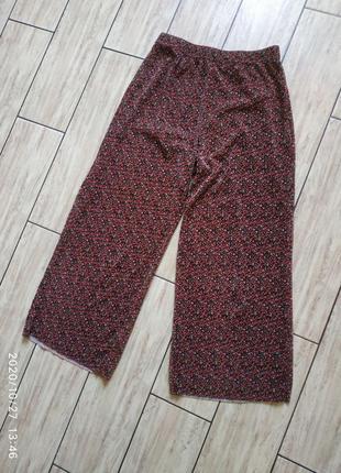 Кюлоты штаны укороченные в цветочный принт