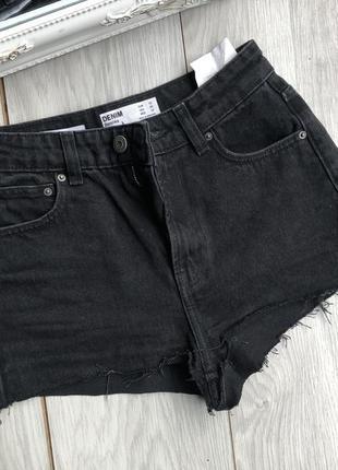 Короткие шорты bershka для фотосессии
