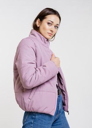Короткая стеганая куртка розовая