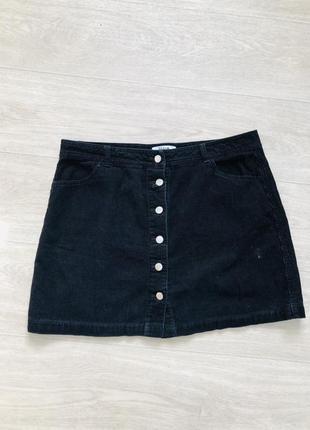 Вельветовая мини юбка на пуговицах