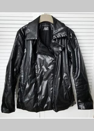 Дизайнерска лаковая косуха под кожу куртка