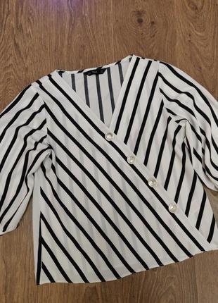 Блузка рубашка в полоску f&f m v-образный вырез 38 размер
