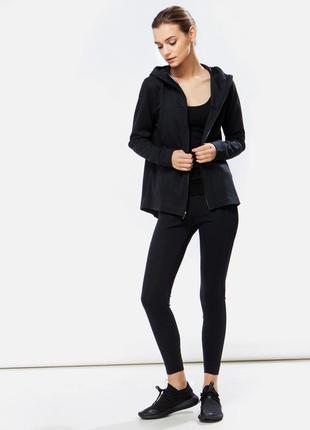 Женская спортивная кофта с нейлоновым капюшоном nike