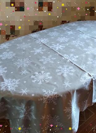 Новогодняя скатерть снежинки