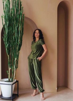 Пижама, домашній костюм