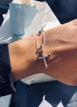 Красивый серебряный крест. срібний хрестик