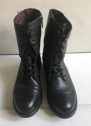 Кожаные теплые ботинки 40 размер