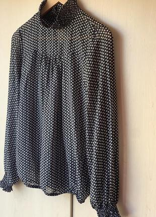 Шикарная чёрная легкая блуза в серый мелкий листок