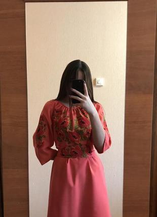 Вышиванка, вышытое платье