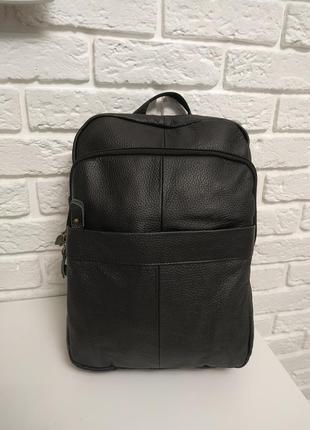 Удобный кожаный рюкзак (черный мат)