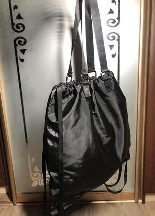 Спортивная женская сумка-рюкзак:)