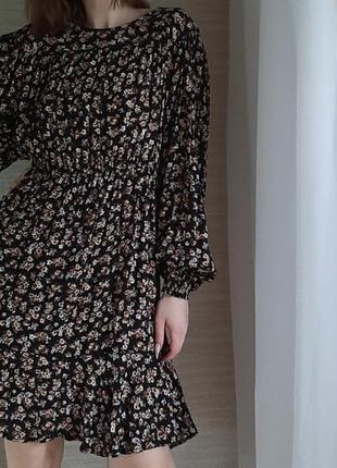 Платье в цветы из натуральной вискозы