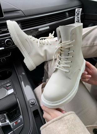 Черевики dr. martens 1460 white cream ботинки