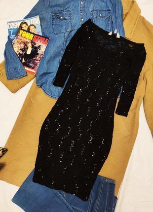 Платье чёрное с пайетками на подкладке peacocks