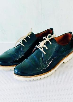 Туфли лаковая кожа