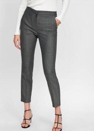 Шикарные демисезонные укороченные брюки zara р.38