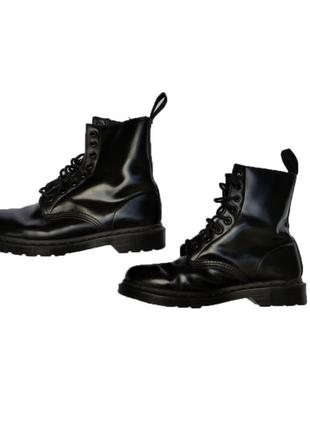 Зимние ботинки dr. martens mono