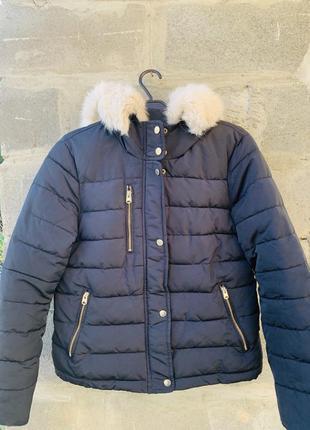 Куртка зимняя с белыми мехом