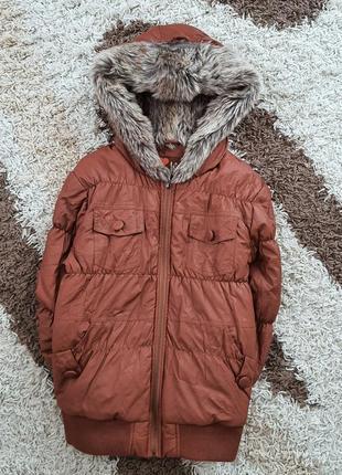 Стильная курточка из кожзама