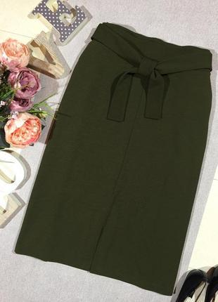 Шикарная брендовая юбка с кармашками.