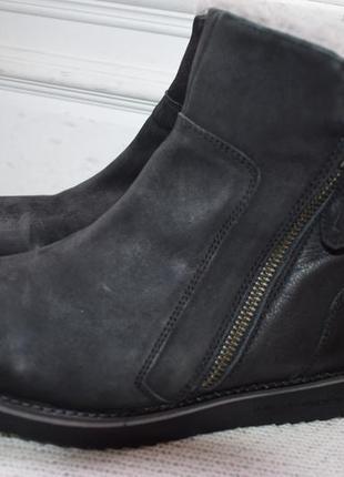 Шикарные кожаные ботинки полусапоги salamander р.39 26 см на овчине