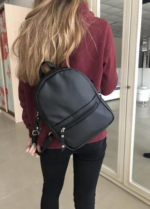 Чорний жіночий рюкзак! розпродаж !!! найнижча ціна