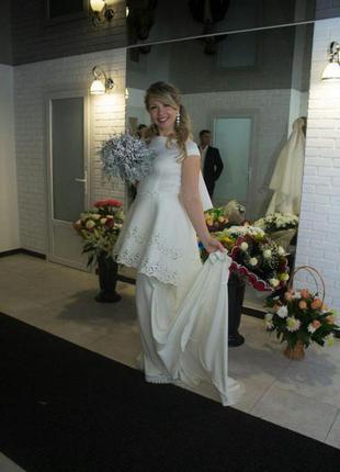 Вечернее платье  на выпускной/на свадьбу