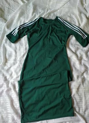 Платье спортивное .