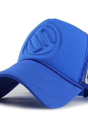 Кепка тракер логотип un с сеточкой, унисекс синий