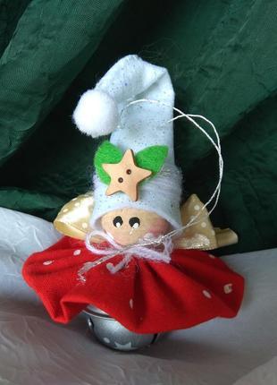Новогодняя игрушка кукла на бубенчике