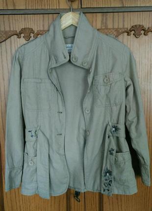 Куртка next на поясе с вышивкой