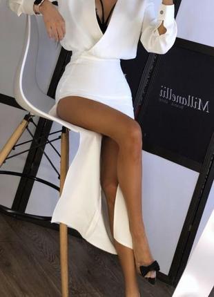 Белое платье длинное с разрезом