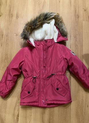 Куртка, зима, на девочку, рост 110