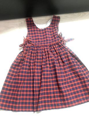 Красивое платье made in gt.britain