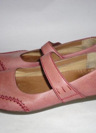Туфли из натуральной кожи на широкую ножку р.39