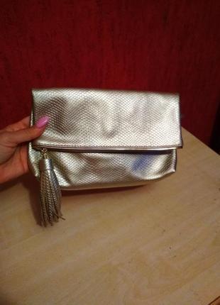 Симпатичная сумочка клатч