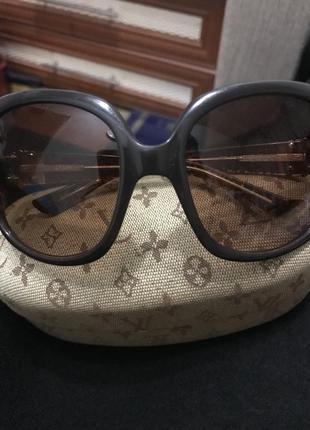 Louis vuitton очки оригинал винтаж в хорошем состоянии с чехлом