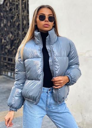 Дутая короткая куртка
