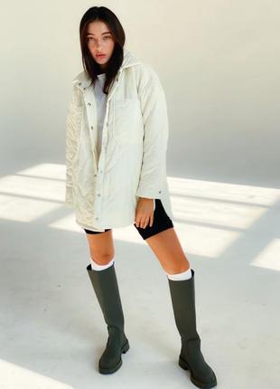 Стенаная куртка рубашка молочная