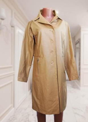 Кожаное бежевое пальто итальянского бренда / тренч / италия