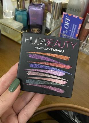 Тіні huda beauty gemstone obsessions