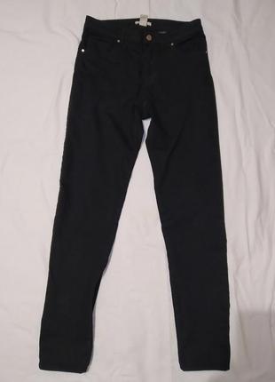 Черные скини джинсы на высокой посадке