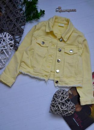 Офигенный джинсовый пиджак с необработаным низон f&f 4-6лет