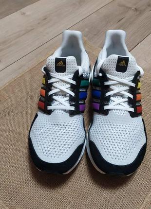 Кросівки adidas fy5347