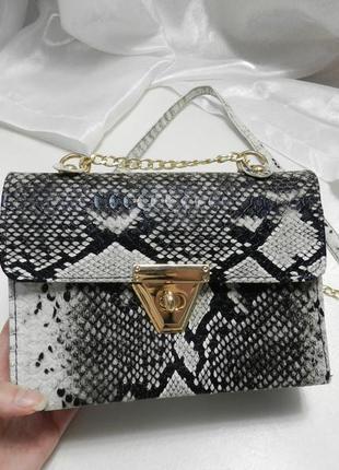 Красивый клатч сумочка из фактурной эко кожи змеиный принт