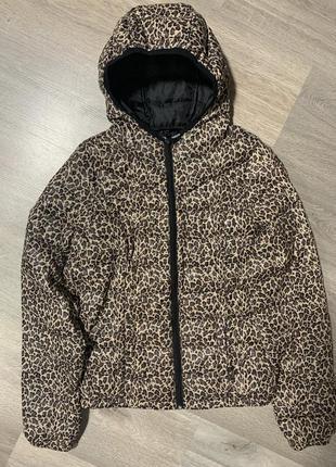 Демисезонная куртка леопардовый принт