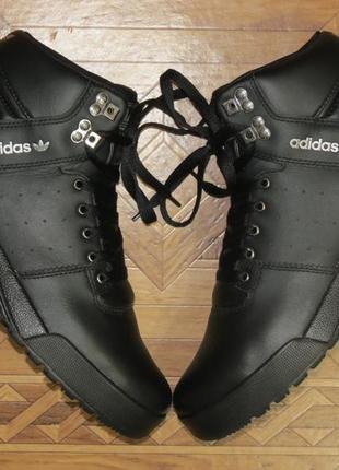 Зимние кожаные ботинки кроссовки adidas uptown(оригинал)р.41.5