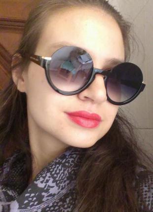Шикарные круглые очки без верха.стиль.